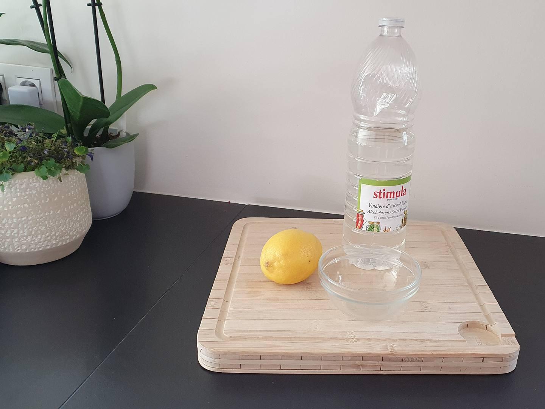 gemakkelijke manier om je microgolfoven schoon te maken
